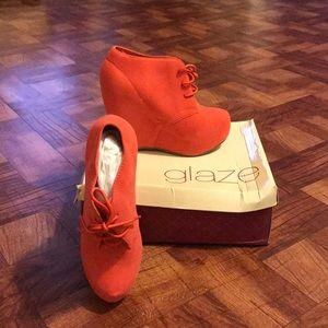 Glaze brand Camilla shoe 💥